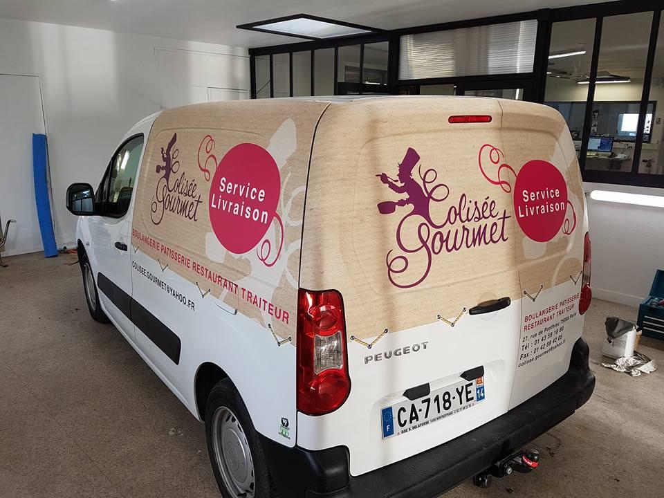 Covering sur camionnette Colisée Gourmet