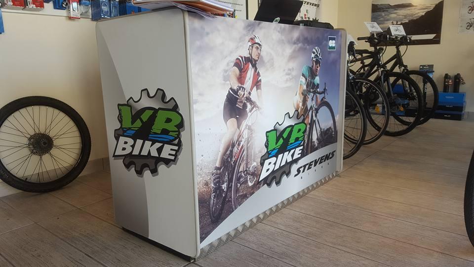 Décoration adhésive guichet VB Bike